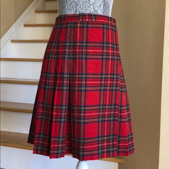 27c52dcdb Woolrich Red Tartan Plaid Wrap Skirt. Woolrich. M_5bfc386b8ad2f97129c581eb.  M_5bfc38932beb799010a1a400. M_5bfc387dbaebf606dc9fb315